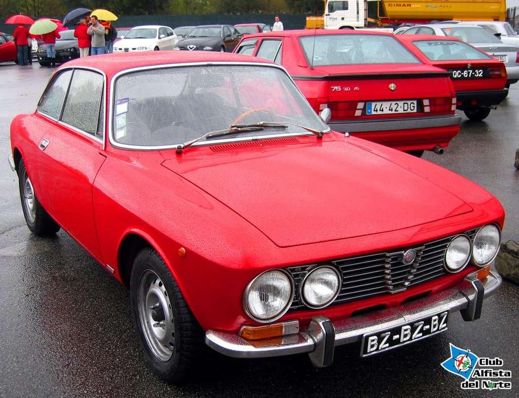 Alfa Romeo 2000 GT Veloce en